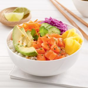 Poke bowl au saumon et ananas