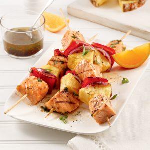 Brochettes de saumon à l'ananas
