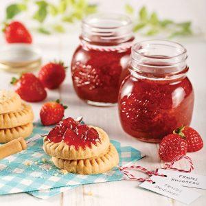 Confiture fraises et rhubarbe