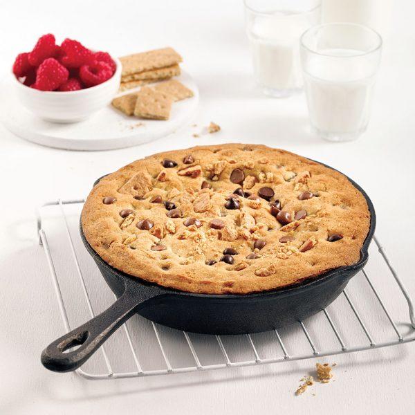Biscuit double chocolat dans le poêlon