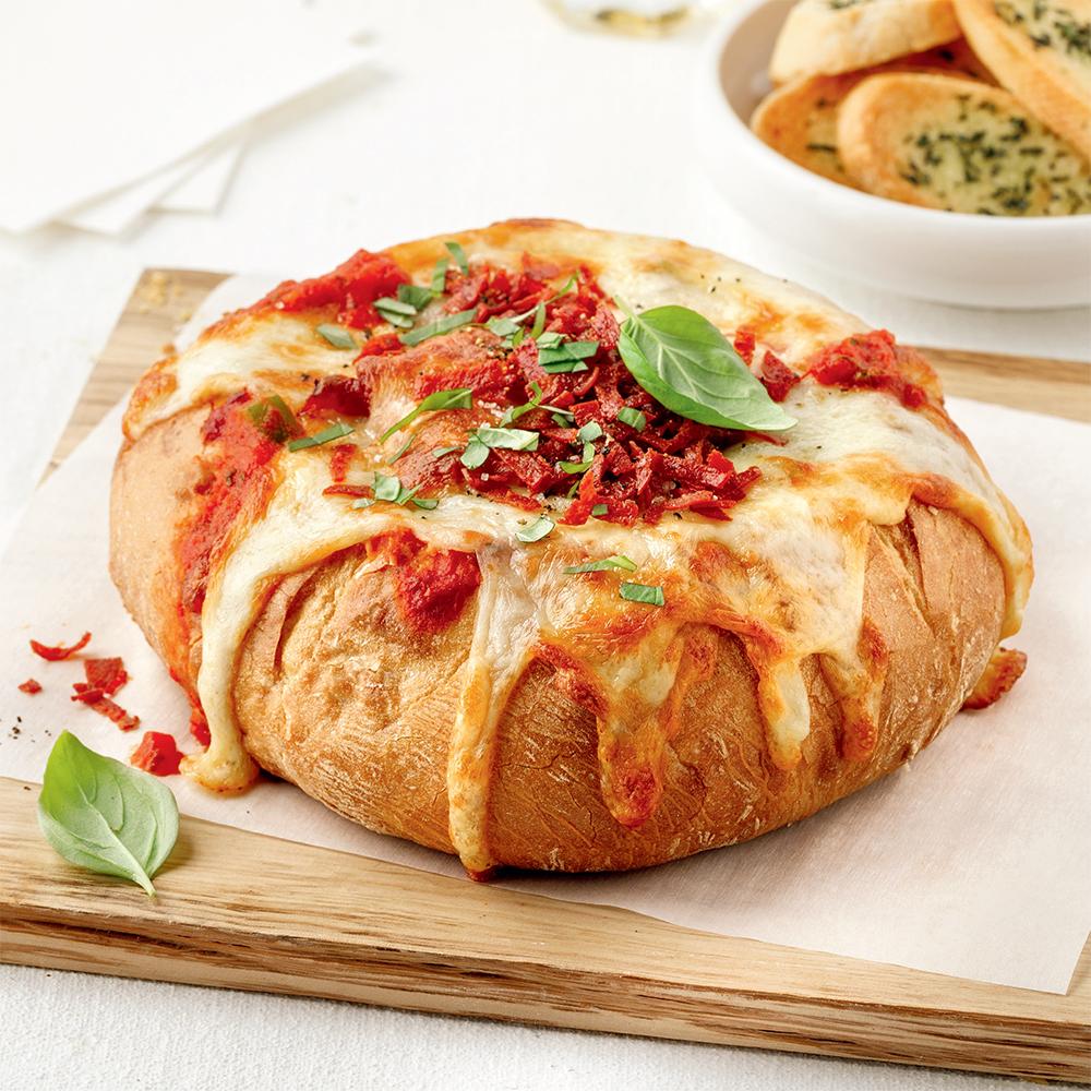Pizza-trempette en bol de pain