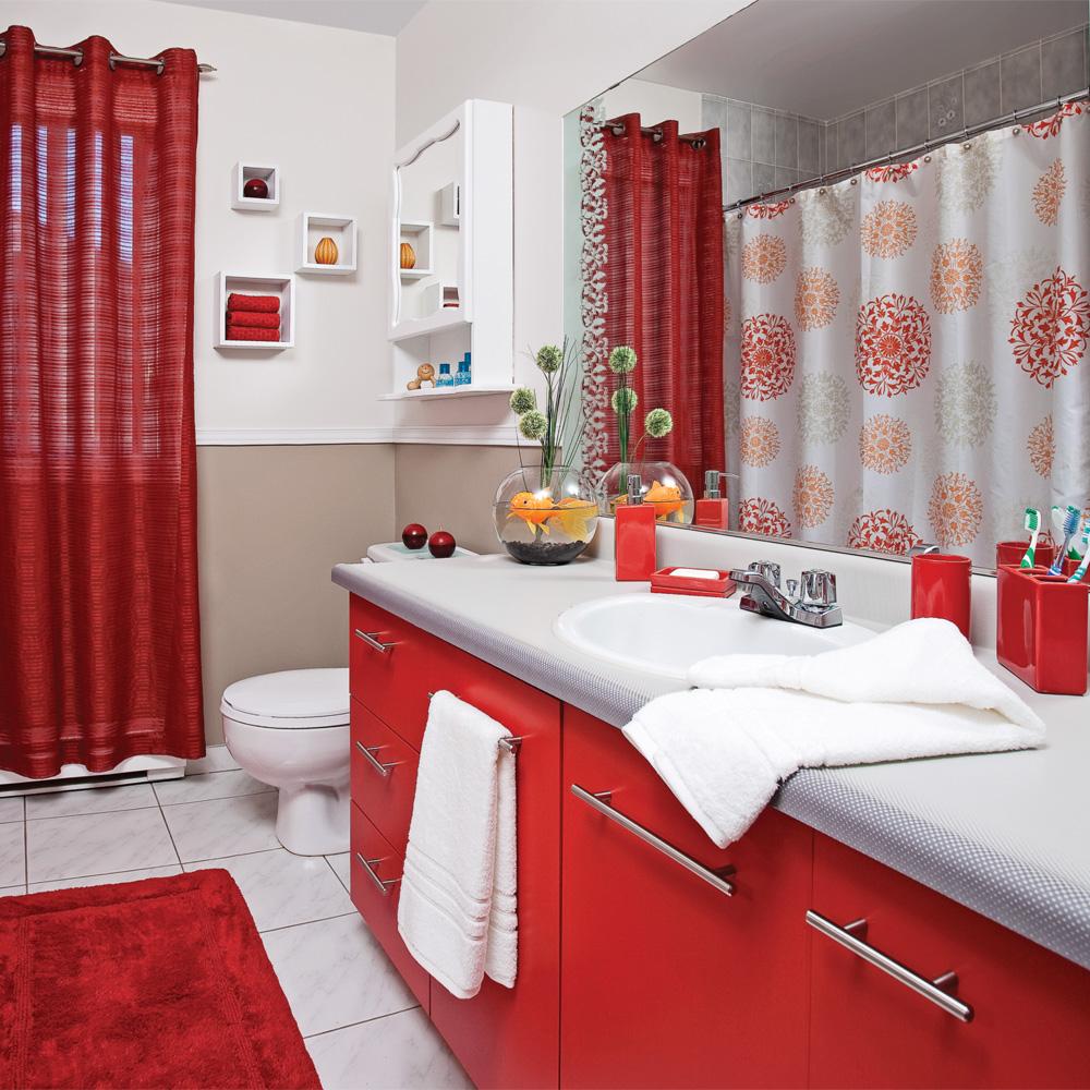 Rouge passion pour la salle de bain - Je Décore