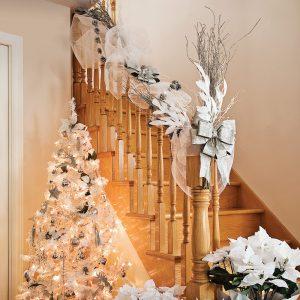 Escalier sur le thème du « Noël blanc »