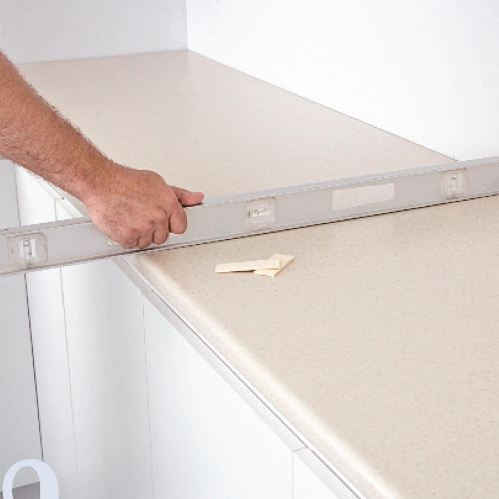 Comment Installer Un Comptoir De Cuisine comment installer un comptoir de cuisine en stratifié - je
