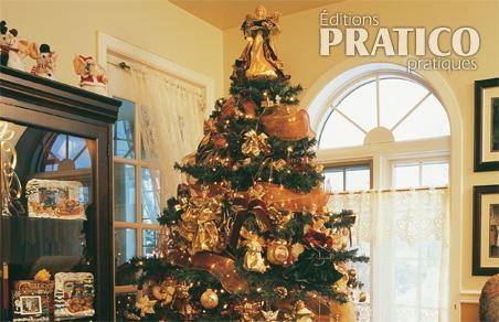 Un sapin de Noël complètement aux anges   Je Décore