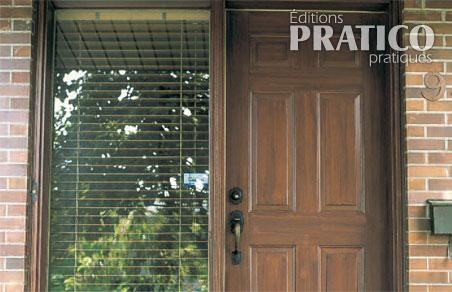 Comment faire une imitation de bois sur une porte ext rieure je d core - Fabriquer une porte exterieure ...
