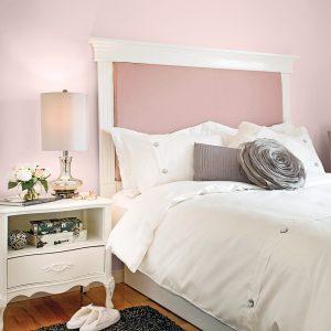 Fabriquer une tête de lit avec des moulures