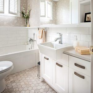 Petite salle de bain rénovée