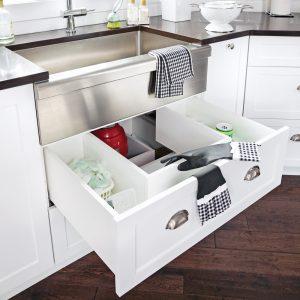 Un tiroir sous l'évier