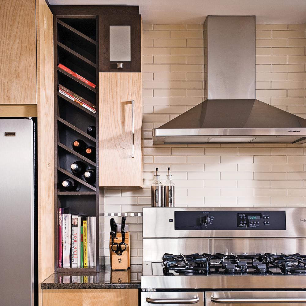 Rangement à la verticale dans la cuisine