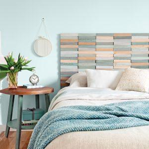DIY: une tête de lit au relief coloré