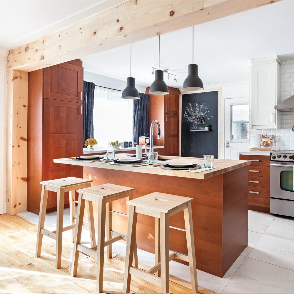 Salon Et Cuisine Aire Ouverte cuisine à aire ouverte complètement transformée! - je décore