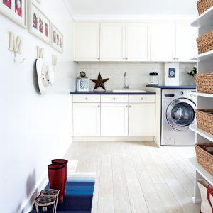 Une salle de lavage comme une cuisine