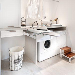 Salle de bain et salle de lavage en cohabitation