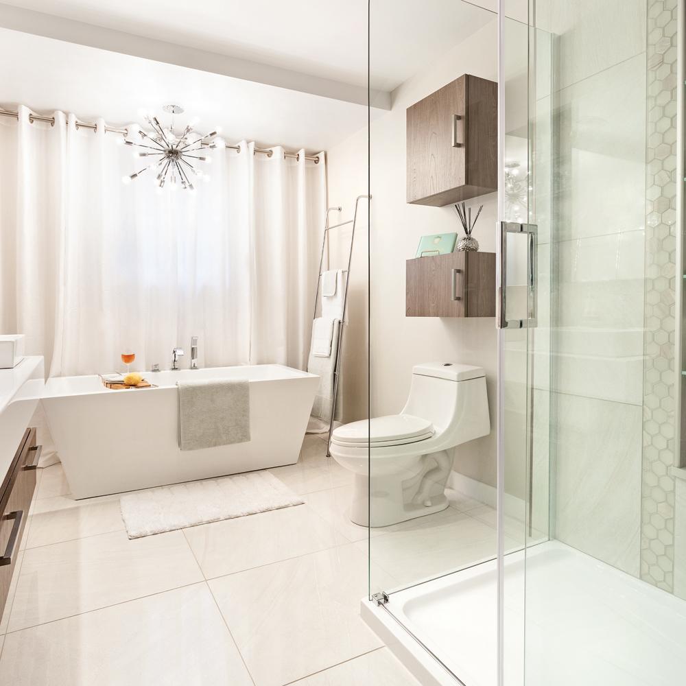 Éclatant rajeunissement pour la salle de bain