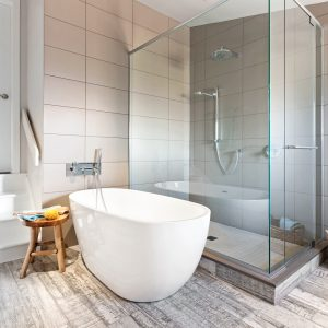 Zone bain-douche des plus réussies!