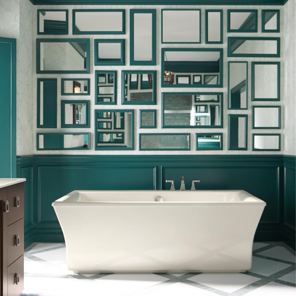 Une murale de miroirs pour la salle de bain