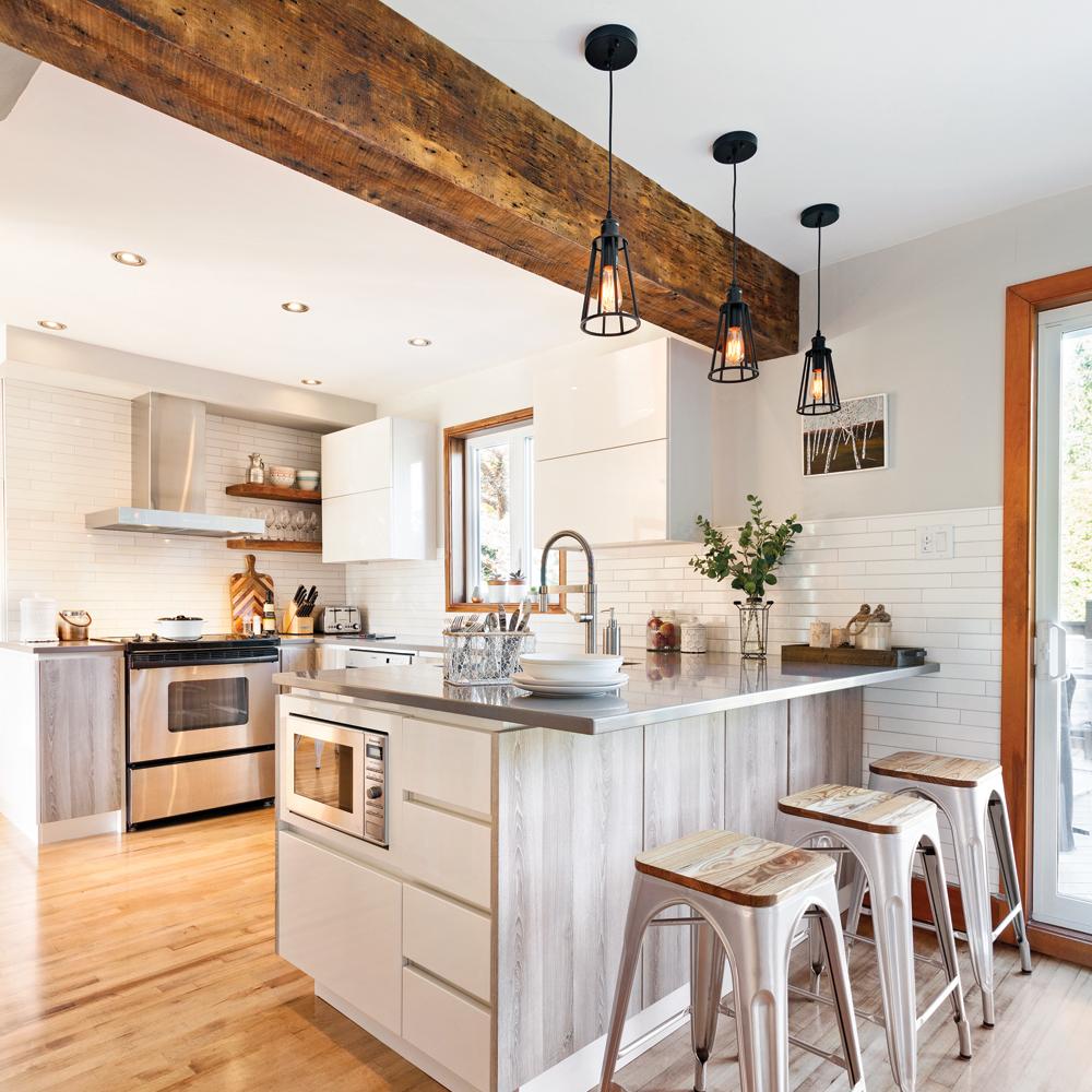 Une cuisine lumineuse et rustique