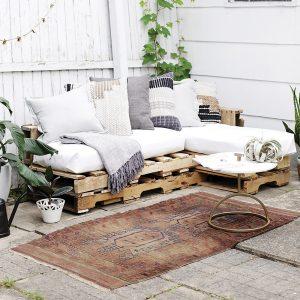 Bois de palette – Canapé extérieur bohème