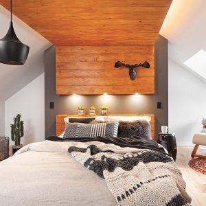 Caissons teints dans la chambre à coucher
