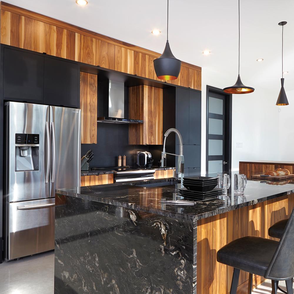 Cuisine Noir Et Blanc Mat cuisine moderne noir mat et bois - je décore
