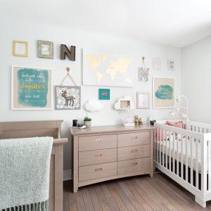 Décor mixte pour la chambre de bébé