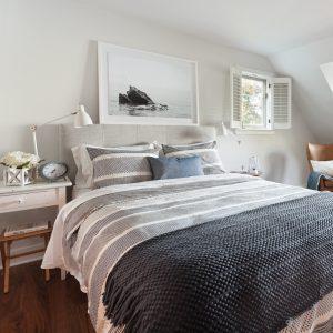 Chambre paisible de style Nouvelle-Angleterre
