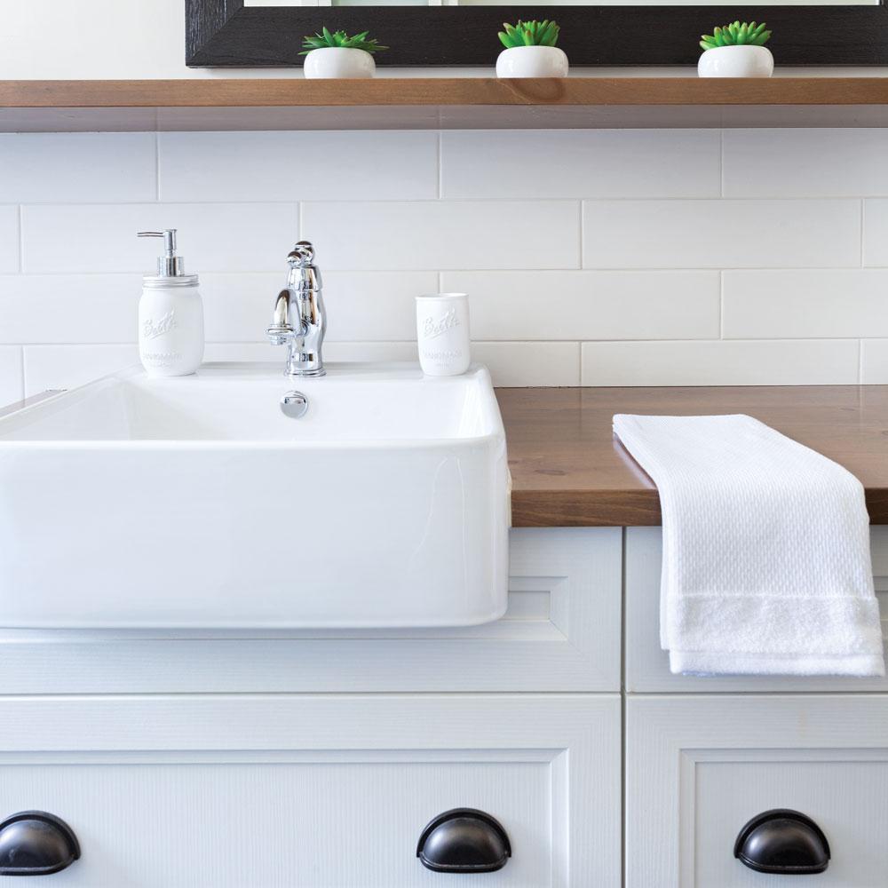 salle-de-bain-de-style-champetre-moderne