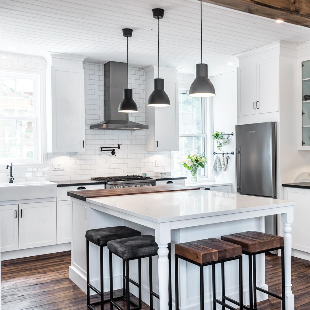 Cuisine de style farmhouse et contemporaine