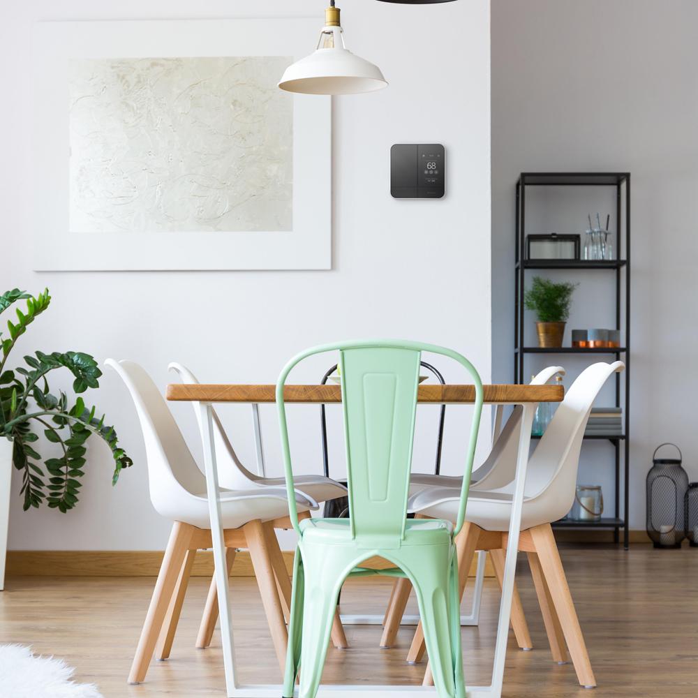 Confortable dans la maison grâce aux thermostats intelligents économiques