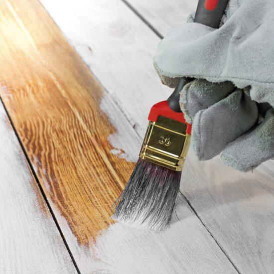 Quelle peinture choisir pour les planchers de bois