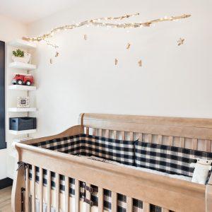 DIY : Mobile en bois pour la chambre de bébé