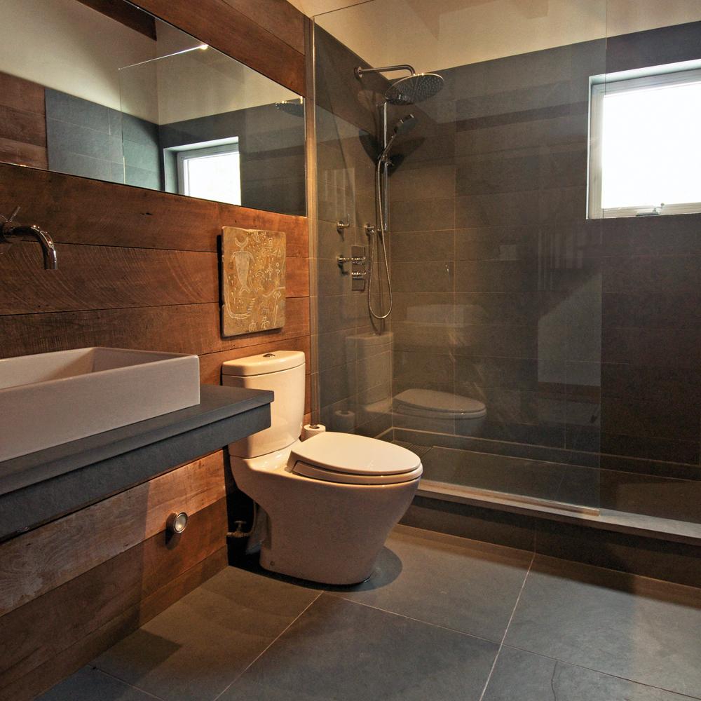 Céramique XXL pour la salle de bain