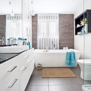 Salle de bain apaisante et pure