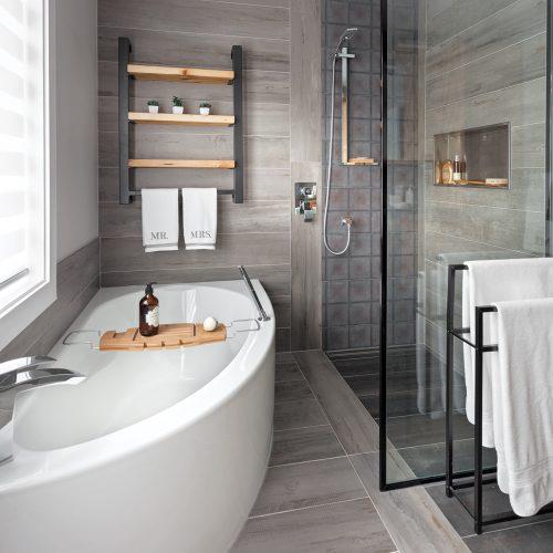 Prestige à l\'état brut dans la salle de bain - Je Décore