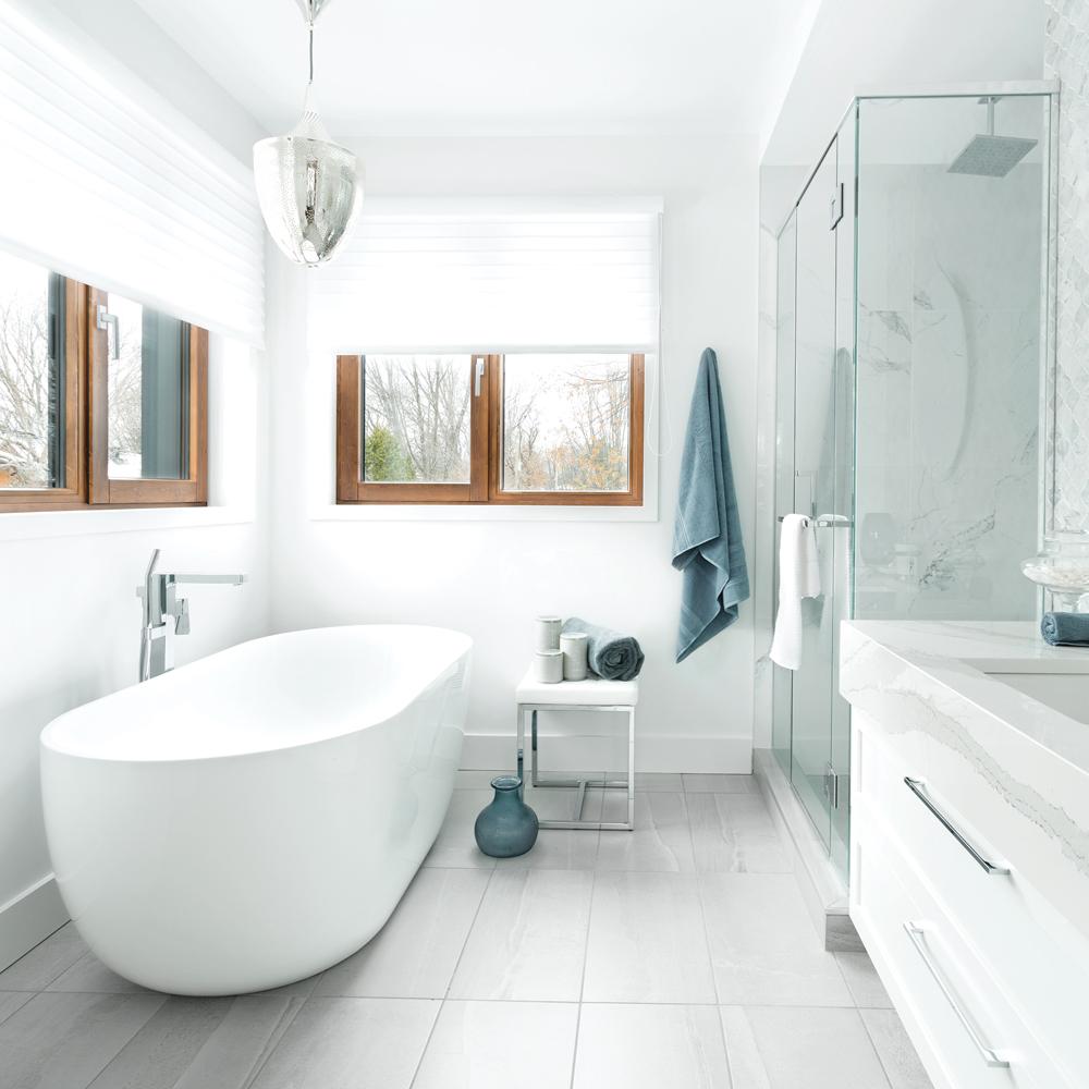 Salle de bain au raffinement intégral