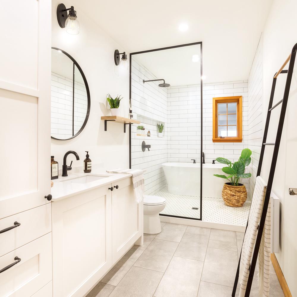 Une salle de bain farmhouse moderne