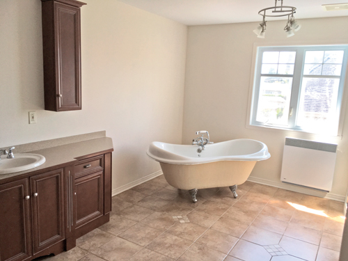 Une salle de bain à l'exotisme enveloppant3