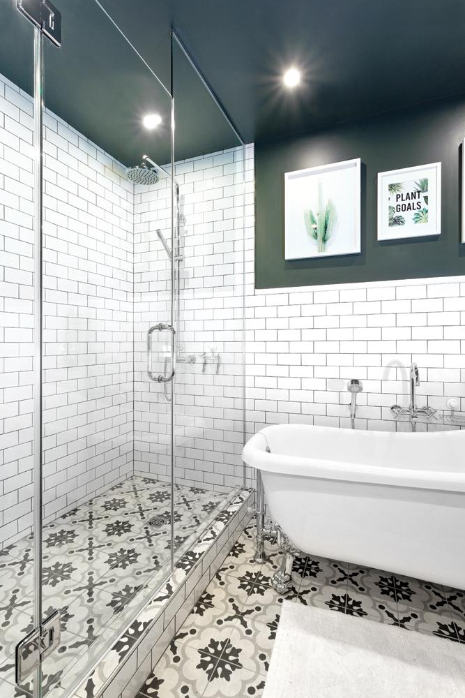 Une salle de bain à l'esprit rétro réinventé1