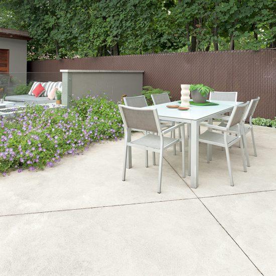 4 idées de matériaux pour remplacer le bois sur le patio