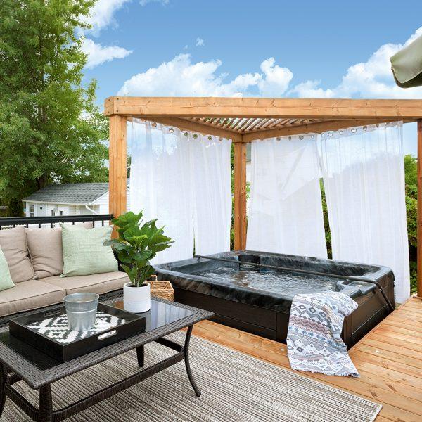 8 aménagements de spas extérieurs où passer l'été