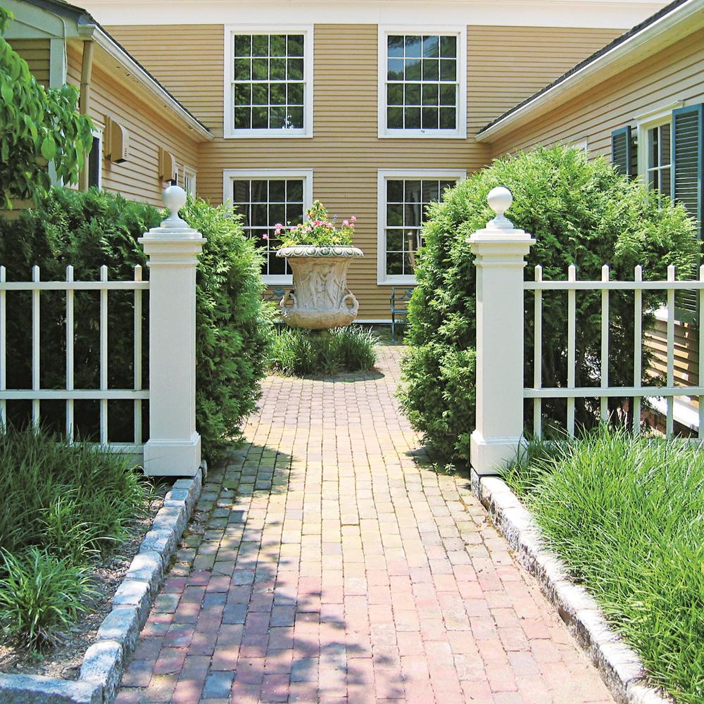Petite Cloture De Jardin Blanche quelle clôture choisir pour votre extérieur? - je jardine