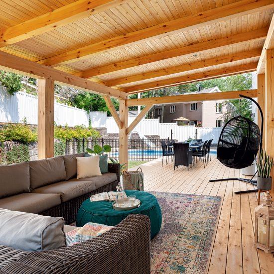 Spacieuse aire ouverte pour le patio