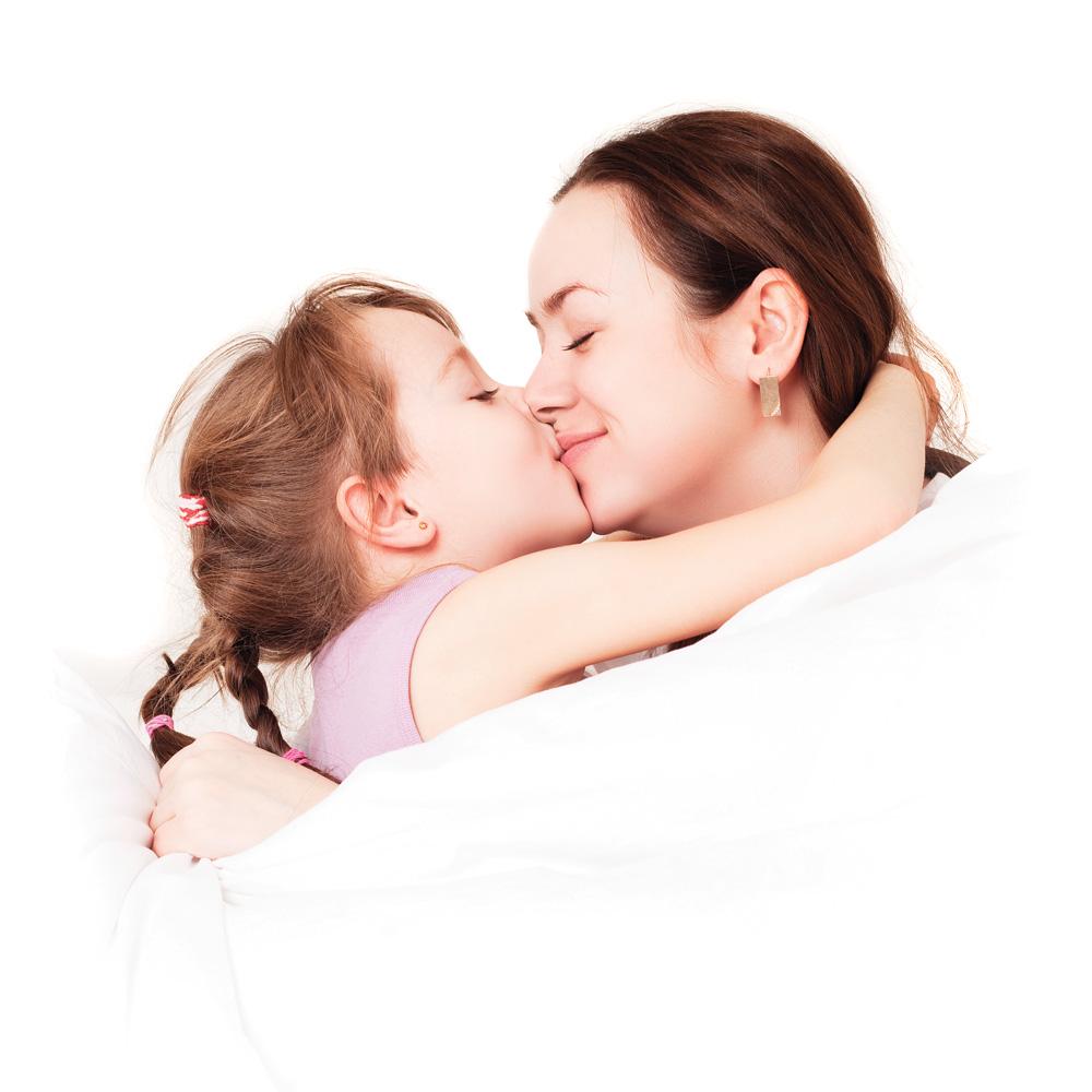 Quand doit-on arrêter les bisous sur la bouche avec son enfant?