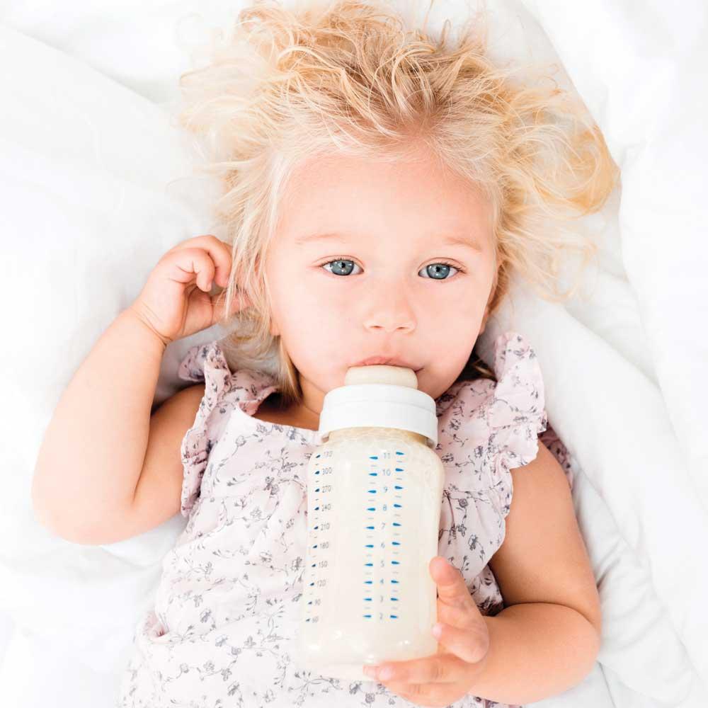 Quand donner du lait de vache à mon bébé?