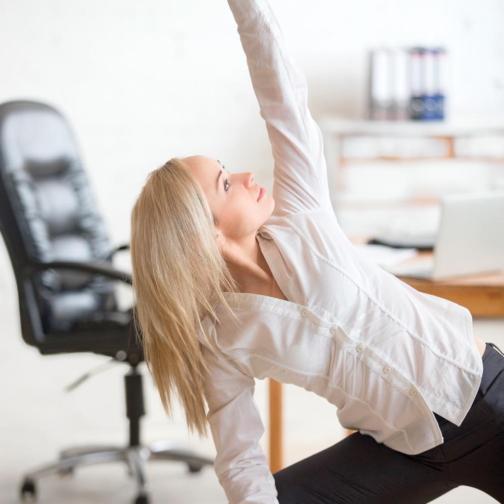 Les 10 meilleurs exercices pour bouger au bureau!