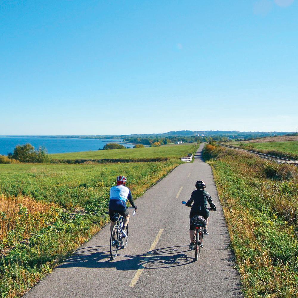 Où faire les plus belles randonnées de vélo… et déguster du fromage!